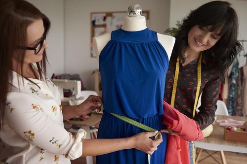 un couturier sur-mesure pour la création de ses vêtements